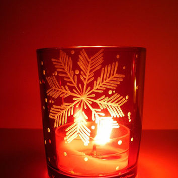 1 'Snowflake' Red Colored Glass Candle Holder Hand Engraved . Party Favors Holiday Home Decor