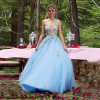 Sexy Style Girls Party Gown Halter Neck Embroidery vestido longo Plus Size Tulle A-line Sky Blue Prom Dresses 2016 Flowers