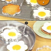 STAINLESS STEEL FLOWER SHAPED EGG/PANCAKE SHAPERS - SET OF 4 (TAKE THE BORING OUT OF BREAKFAST!):Amazon:Kitchen & Dining
