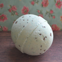 Bath Bomb *Spearmint Rosemary* Relaxing Scent! Extra Large Shea Butter Bath Bomb, 6 ounces!! Perfect Easter Gift
