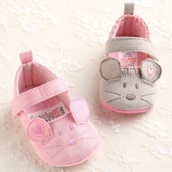 Cute Girls Baby First Walkers Cotton Grey Cartoon Mouse Soft with Pattern Shading Soft Sole Prewalkers Toldder Baby Shoes 3 size