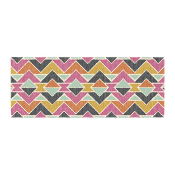 "Amanda Lane ""Sequoyah Arrows"" Bed Runner"