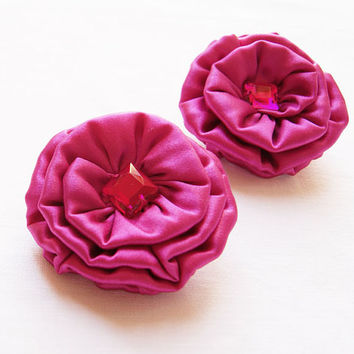 Silk Flower Brooches - Set of 2 in Fuchsia Pink