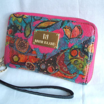 Womens wallet / wristlet purse - upcycled wallet (vegan). Pink purse with abstract decoupage in butterfly theme. Eco wallet / recycled purse