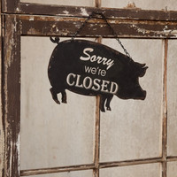 Vintage Black Metal Pig Open / Closed Sign 13-in