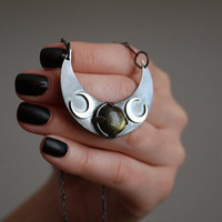 Labradorite stone and sterling silver 925 moon crescent necklace