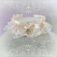 Kitten Pet Play Collar DDLG Choker Necklace Beige Ivory Satin White Lace Ruffles Bow pink rose ring kitty Jewelry pastel goth Lolita BDSM