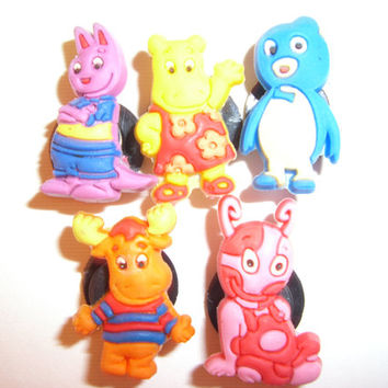 5 The Backyardigans Cartoon Button Shoe Charms for Jibbitz bracelets or Crocs shoes