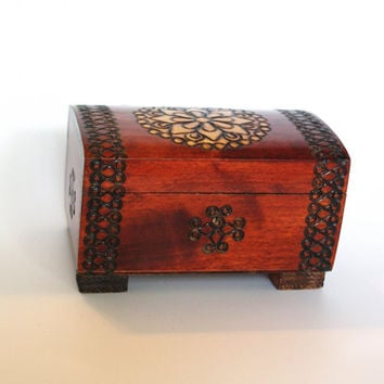 Vintage Wooden Jewelry Box Ornament wood box Pyrography Trinket Box, Hand made Treasury box hand carved box Soviet Decor Polish box 80's
