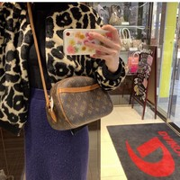 Fashion LV Women Leather monnogam Handbag Crossbody bags Shouldbag Bumbag