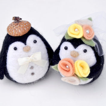penguin wedding cake topper, animal wedding cake topper, needle felt penguin, unique wedding gift for couple