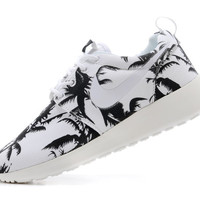 Tropic Nike Roshe Running Shoes