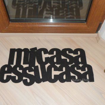 Original door mat: Mi casa es su casa. Custom doormat. Welcome sign.