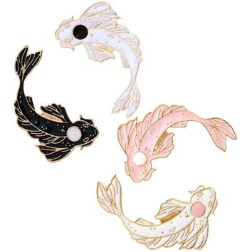 Pink White Brooch Cute Goldfish Carp Enamel Pin Denim Lapel Fish Badge Family Kid Blessing Gifts Friends Personality Jewelry