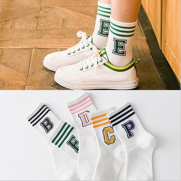 2017 New Letter and stripe pattern women Cotton Sock Wholesale Casual female Sock couples with Harajuku cute style short socks