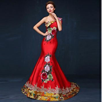 Red Mermaid Elegant Luxury Embroidery Qipao Chinese Traditional Evening Dress