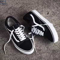 """Vans"" With Warm Casual Shoes Men and women classic black cloth shoes H Z"
