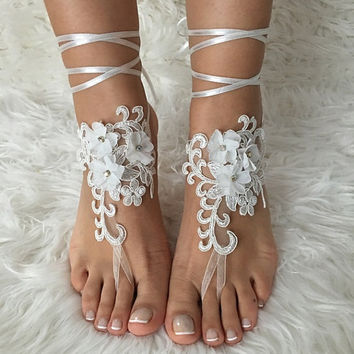 Beach wedding barefoot sandals FREE SHIP 3D floral sandals, ivory Barefoot , french lace sandals, wedding anklet,