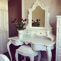 FRENCH LACE Vanity Set