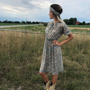 Dress Vintage Floral 70s Hippie Boho Translucent Flower Child Hipster Ruched Waist Princess Sleeve Bows Matching Headband / Farm Field Dress