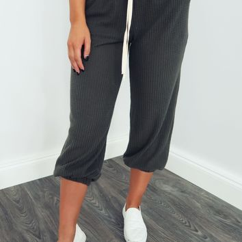 Line Leader Joggers: Charcoal