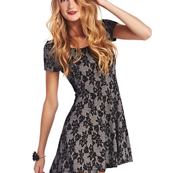 Rose Jacquard Fit-N-Flare | Wet Seal