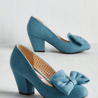 Vintage Inspired Peppy Planner Heel in Sky
