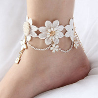 Elegant Retro Fashion Lace Flower Anklet Chain (Color: White) Beautiful Special