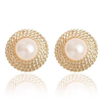 Hot Lovely Wedding golden Big Imitation Pearl Ear Cuff Jewelry Clip On Earring for Women Girls Bridal Cartilage Non Pierced