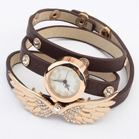 Street-chic Wing Bracelet Watch