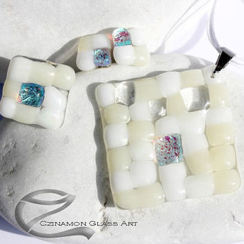 White mosaic glass glass jewelry set