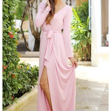 Pink maxi dress with long sleeves and leg slit | Farrah | escloset.com