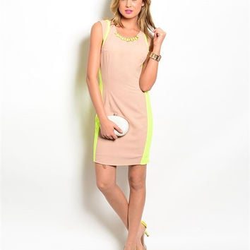 DUSTY PINK DRESS WITH NECKLACE