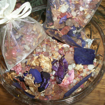 Floral Bouquet Potpourri Scent Infused Wax Beads and Botanicals Fragrant Home Decor Craft Supplies Favor Showers Baby Bridal Wedding 2 Oz