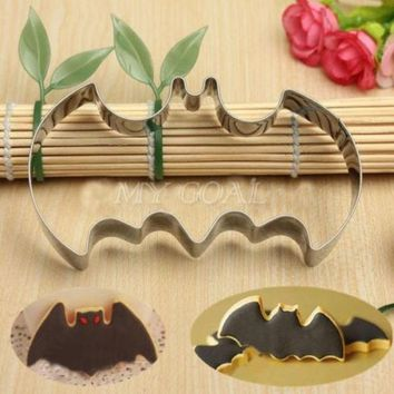 PEAPUG3 Halloween Fondant Cake Cookies Biscuit Cutter Mold Big Bat Batman Vampire Mould = 1928038724