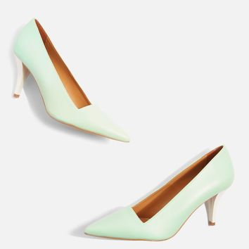 Jubilee Green Pointed Court Shoes | Topshop