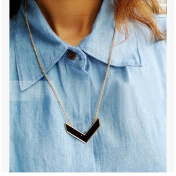 2 pcs/set(black/blue) Fashion Korean Style Metal Arrow Geometry V Statement Drip Oil Pendant Necklace for women = 1669321732