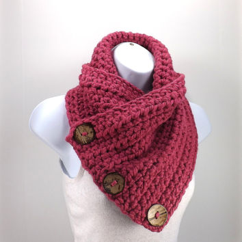 Crochet Chunky Neck Warmer with Three Natural Coconut Shell Buttons /RASPBERRY/, Buttoned Scarf Neck Warmer, Valentines Day Gift Idea