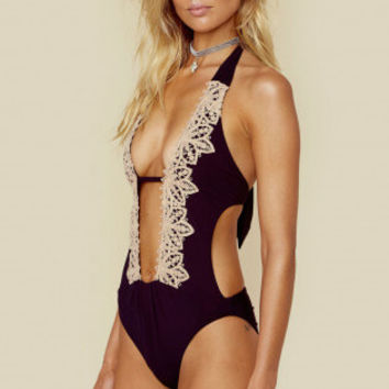 LOTUS ONE PIECE