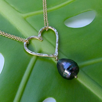 Tahitian Pearl Necklace, Gold Heart, Hammered, Love, Sweetheart, Bridal Jewelry, Anniversary, Gift for Her, Handmade