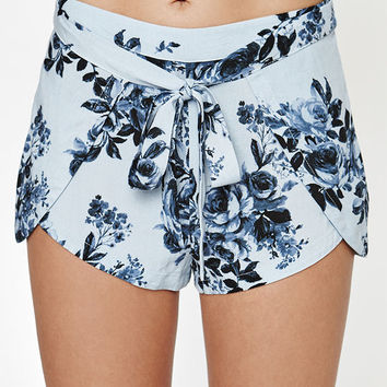 Kendall & Kylie Tie Front Tulip Soft Shorts at PacSun.com