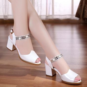 2017 summer new leather fish mouth Women's sandals fashion rhinestone beaded high-heeled sandals female buckle strap sandals