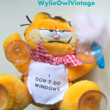 Vintage I Don't Do Windows Garfield Stuff Animal with Suction