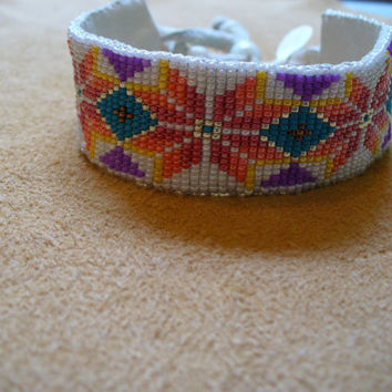 Native American Style loomed Geometric Floral design bracelet
