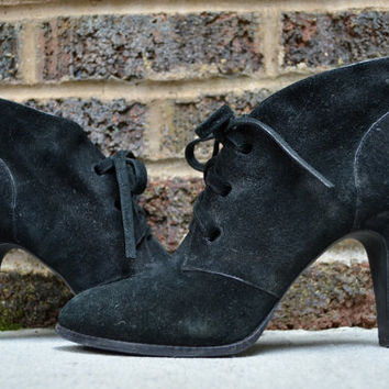 Vintage 90's Via Spiga Witchouse Gothic Black Suede Leather Ankle Boots, size 10