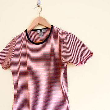 Vintage 90s Striped Tee - Striped Tshirt 90s Crop Top 90s Clothing Striped Crop Top 90s Top Red Striped Shirt 90s Cropped T Shirt Small Med
