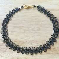 Tattoo Choker with clasp (double strand - black or clear)