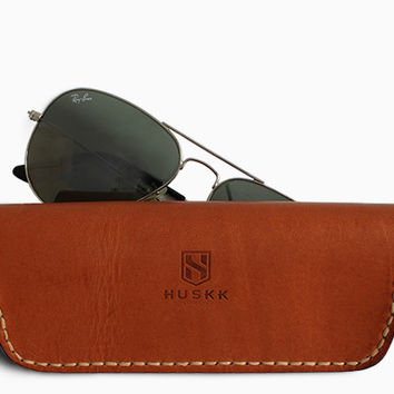 SUNGLASSES CASE / TAN