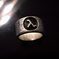 Half Life Lambda Logo Ring - Geek Jewelry Custom Made