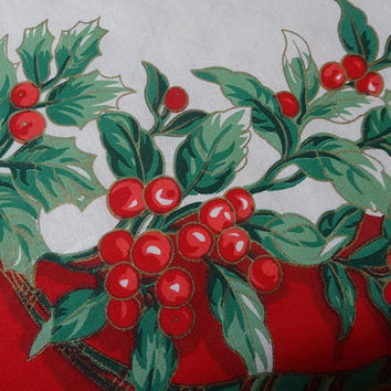 1980s Vintage Round Christmas Tablecloth with Holly, Lots of Berries, Ribbon, Center Wreath, 58 Inches, Cotton Poly Blend, Pretty Tablecloth